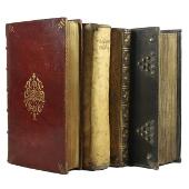 reliures de livres anciens