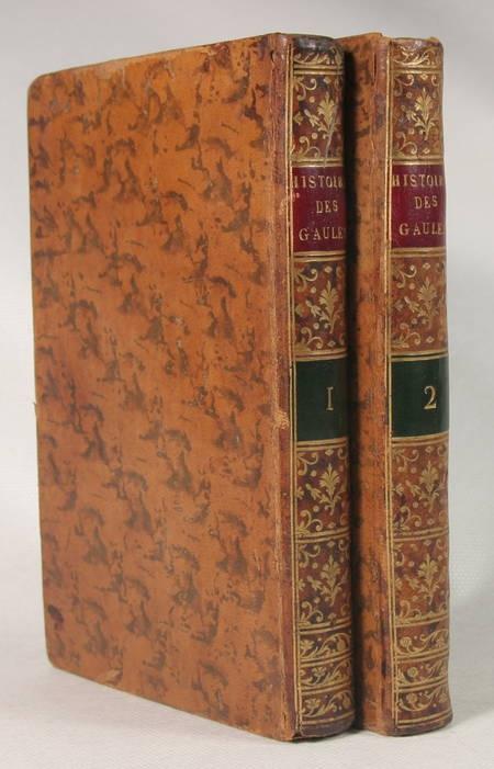 HENAULT (Président). Histoire critique de l'établissement des français dans les Gaules, livre ancien du XIXe siècle