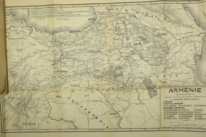 MACLER - La nation arménienne - Son passé, ses malheurs - 1924 - Photo 1 - livre moderne