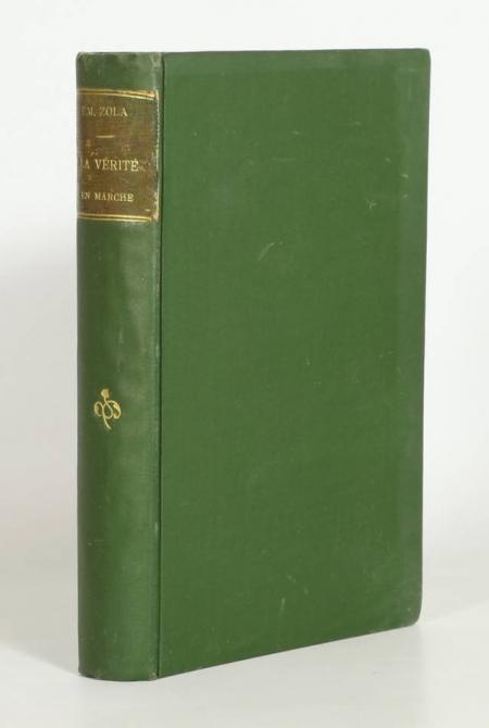 ZOLA (Emile). L'affaire Dreyfus. La verité en marche, livre rare du XXe siècle
