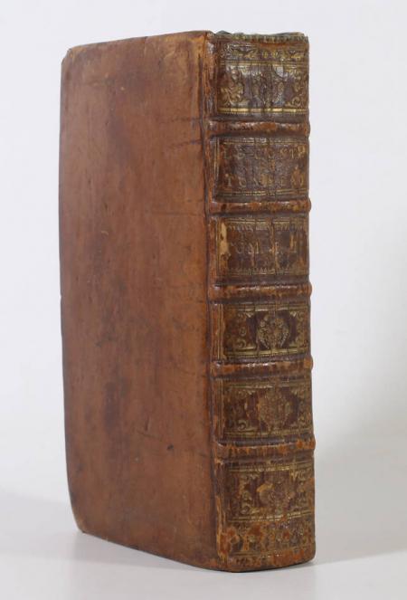 SWIFT (Johantan). Le conte du tonneau, contenant tout ce que les arts, et les sciences ont de plus sublime, et de plus mystérieux. Avec plusieurs autres pièces très curieuses. Par le fameux Dr. Swift. Traduit de l'anglois, livre ancien du XVIIIe siècle